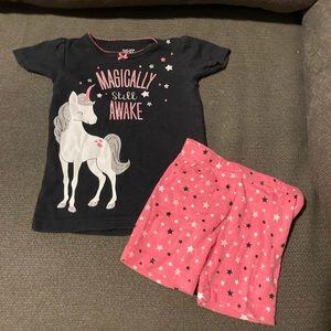 Baby girls two piece pajamas